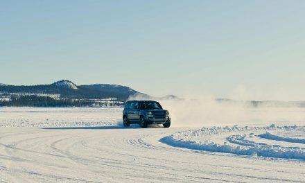 Defender Bajo Cero. Mucho más que un curso de conducción en nieve