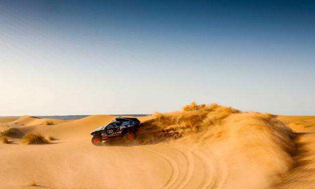 El Audi del Dakar debuta en el desierto. Galería fotográfica
